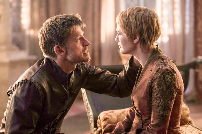 Jamie Jannister and Cersei LAnnister in Game of Thrones